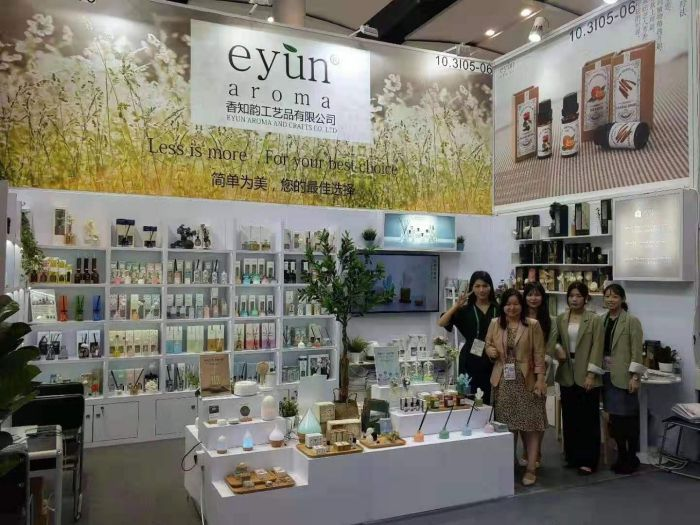 xinfeng-eyun-aroma-and-crafts-co-ltd-participated-in-the-canton-fair3