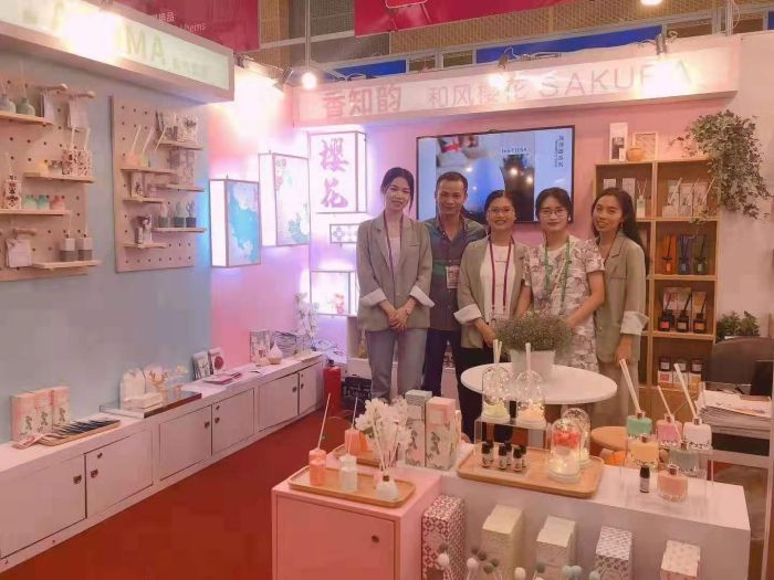 xinfeng-eyun-aroma-and-crafts-co-ltd-participated-in-the-canton-fair4